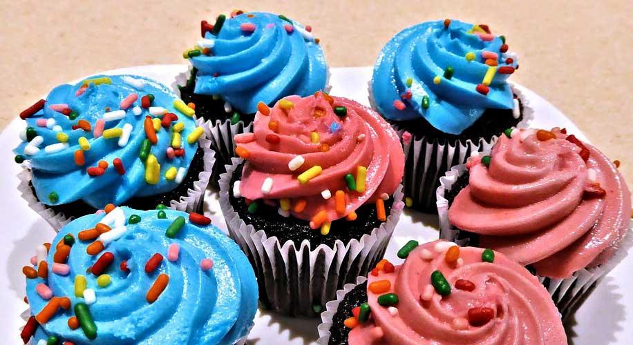 Cupcakes for Karis Camp